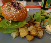 L'english Dude burger 2 - La Dinette