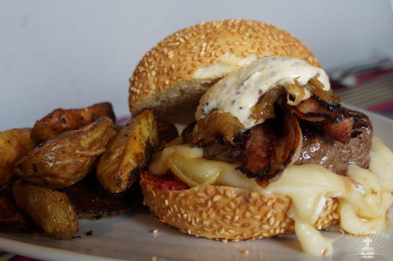 Le Cut Montagnard Burger