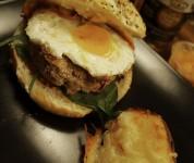 Time Cook - Le burger suicidaire et son oeuf